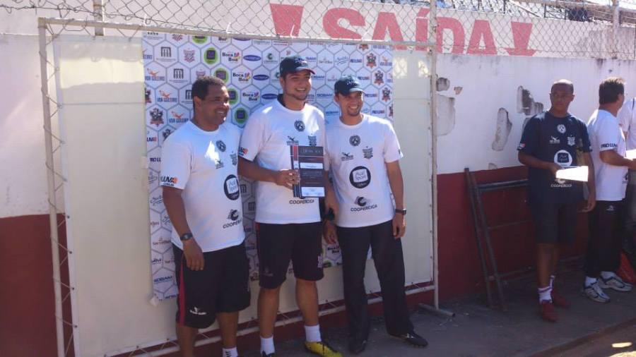 Cesar (center) at a goalkeeper event in Brazil.