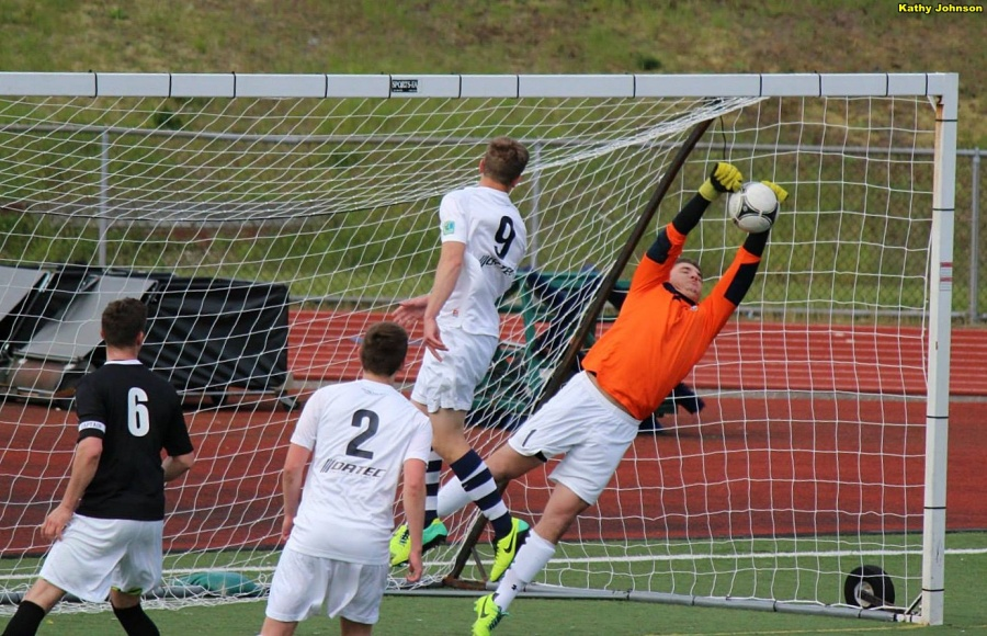 The EPLWA has some fine goalkeepers. Jordan Hadden has impressed in goal for WestSound FC. (File photo / Kathy Johnson)